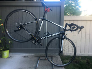 Cannondale Synapse Road Bike 54cm with ALL Accessories