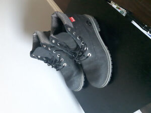 TIMBERLAND BOOTS (BOYS)