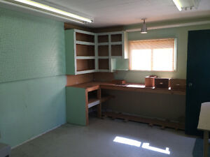 SECURE WORKSHOP / STORAGE SPACE IN SUTHERLAND! HEATED & CLEAN!