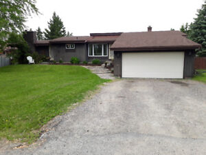 3+1 bed, 3.5 bath home in Hanmer w/ 3,600 sq ft of living space!