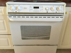 White electric range with self cleaning convection oven