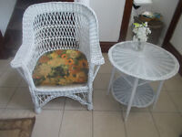 Antique/Vintage White Wicker 2 Pc set Chair and Side Table
