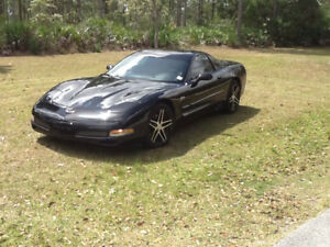 2004 Chevrolet Corvette Z06 Coupe (2 door)