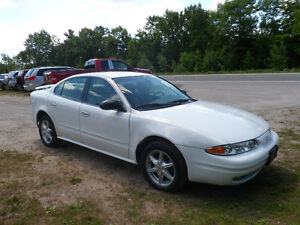 2003 Oldsmobile Alero GL Sedan