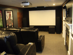 SONY CINEZA VPL-HS51a 3 LCD projector and a 100inch pull down sc