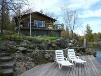 Seculed Cozy Lakefront Cottage on Stoney Lake