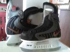 Ee skates various sizes