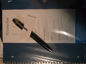 Smart pen Livescribe rechargeable 4 notebooks and pen refills