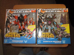 Transformers Prime Beast Hunters Predaking AND Megatron