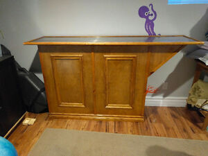 Free Standing Bar with Stainless Steel Top