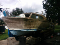 1950's lady bean with brand new chris craft 283 and running gear