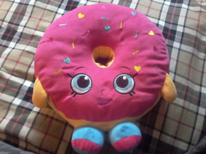 Shopkins donut stuff toy