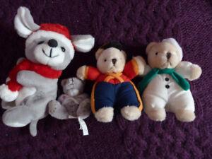 Christmas themed stuffed animals/toys