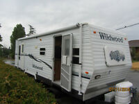 T25 Wildwood Travel Trailer 25' with 4'slide