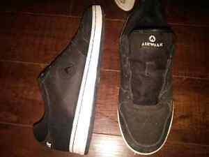 3 pairs of shoes 2 black airwalks and Nike $90 or best offer