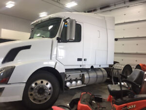 Volvo ISX 550 Cummins *VNL630 * I-shift - low kms - VG condition