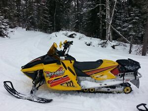 Ski-Doo Renegade X 800HO 2004 Édition Blair Morgan