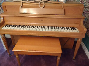 Piano upright Nordheimer
