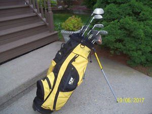 Men's Right Hand 12-pc Golf Clubs Set (Founders Club) & Bag