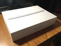 "MacBook Pro Retina 13"" early 2015 16Gb ram 128Gb ssd Under Warranty!"