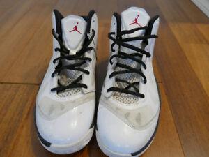 2012 Jordan Play In These Men's Sneakers in White/Red/Black Sz 9