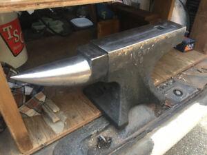 170 lb Brooks blacksmith Anvil