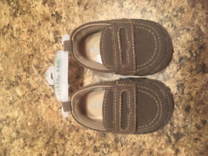 0-6 month shoes with tags
