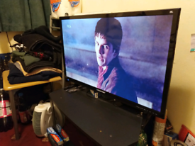 "BLAUPUNKT 32"" led HD TV very good condition with Freeview."