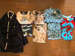 Boys size 5 Fall/winter clothing
