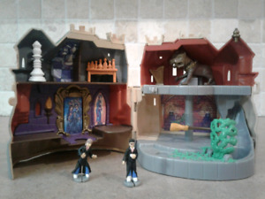 Vintage 2001 Harry potter forbidden corridor Polly pocket set.