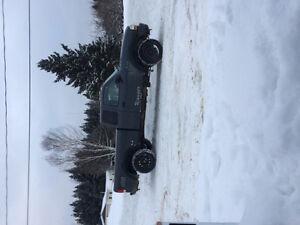 Ford ranger 4x4 2000 1000$ nego