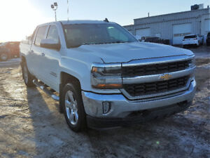 ***2017 Chevrolet Silverado 1500LT (Dealer Demo)***