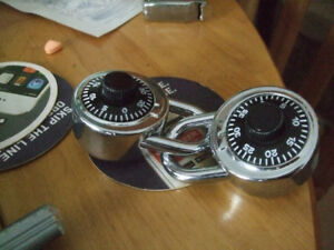 Padlocks, Dial Combinations Alike or both the same combos
