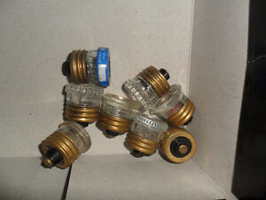 lot of 8 locks /door knobs and 8 plug fuse Windsor Region Ontario image 2