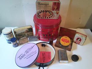 Lot de boites antiquités cannes tabac biscuits pipe cigarette