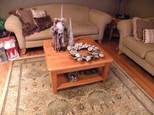 PINE COFFEE TABLE & END TABLE