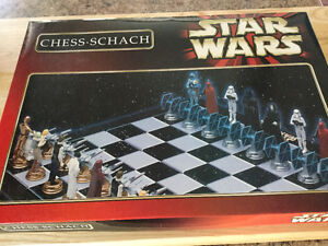 STAR WARS CHESS - SCHACH SET