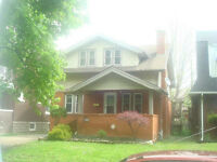 Beautiful 6 bedroom student house at 322 Randolph near U of W.