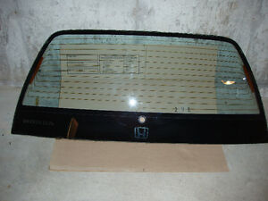 Vitre de hayon (Hatchback window) Honda civic 84-88