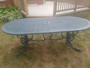 Hauser patio furniture