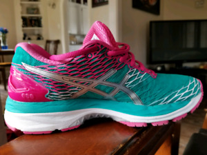 Ladies Asics Gel  Nimbus 18 sneakers
