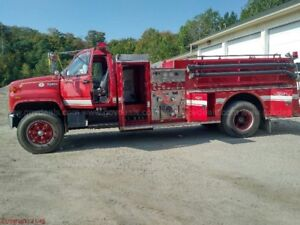 1995 GMC FIRE PUMPER ONLY $12995 AS NEW!