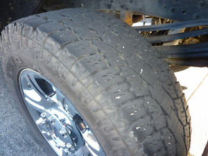 Toyo open country A/T 2 LT 275/65R20 126/123S
