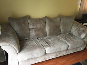Pull-out bed/couch combo