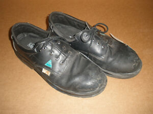Men's STEEL-TOE Black Shoes, Size 13 London Ontario image 4