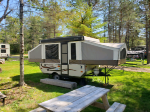 2016 Rockwood 10ft Freedom Pop-Up Trailer