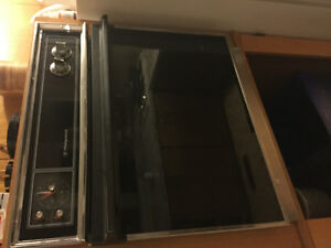 Hotpoint Wall oven and hotpoint counter stove top