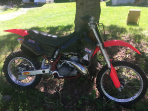 CR500 honda cr 500 vintage powerfull with papers !  ( rm kx yz )