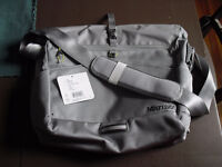 NEW Marmot Messenger bag SAC A DOS gris grey backpack large gros