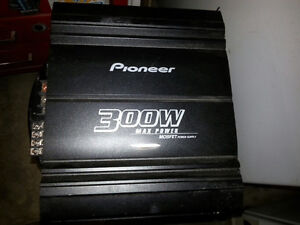 Pioneer cd/am/fm/MP3 player ,amp and sub woofer Stratford Kitchener Area image 2
